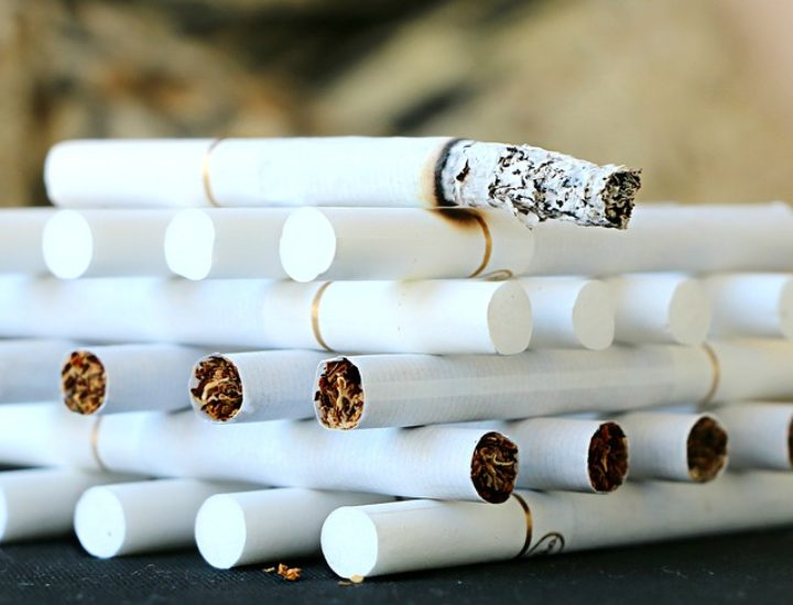 Co szkodzi bardziej niż papierosy?