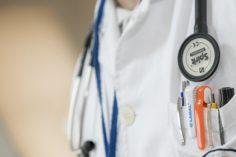 Czy przed zawarciem polisy na życie trzeba wykonać badania lekarskie? Od czego zależy rodzaj badań? Sprawdzamy